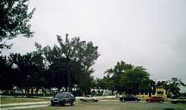 Poções - Poções-BA-Praça da Bandeira-Foto:Miguel de Guilo