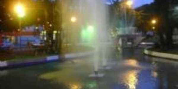 Fonte Luminosa da Praça da Capela, Por Zilda de Fatima F. Milani