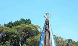 Mongaguá - Mongaguá-SP-Imagem de N.Sra.Aparecida à 13 mts de altura-Foto:Marco .Mountain