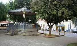 Monte Alegre do Sul - Coreto na praça central de Monte Alegre do Sul-Foto:Ernandes C Santos