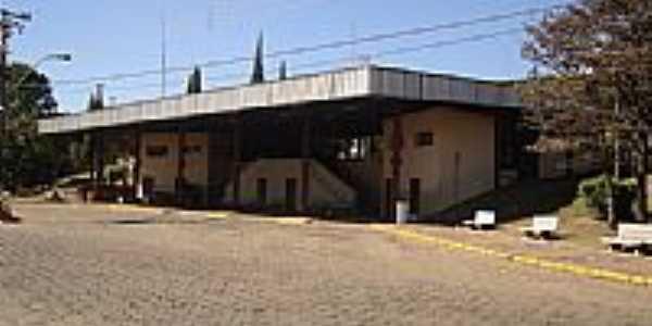 Terminal Rodovi�rio em Monte Alto-Foto:Vitor Rodrigo Dias