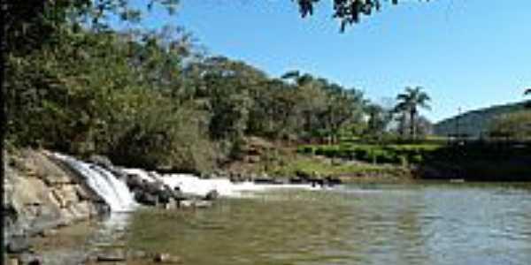 Mostardas-SP-Cachoeira-Foto:enioprado