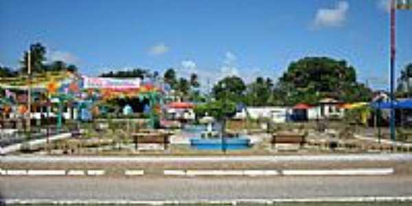 Praça de Ponta da Areia.