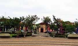 Nova Granada - Nova Granada-SP-Praça Manoel Alves dos Santos-Foto:Ricardo Mercadante