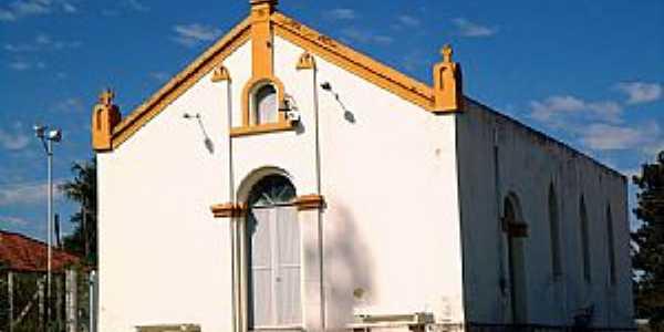 Novo Cravinhos-SP-Igreja de N.Sra.Aparecida-Foto:Fabio Vasconcelos