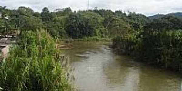 Rio São Lourenço banha a localidade - Foto João Savioli