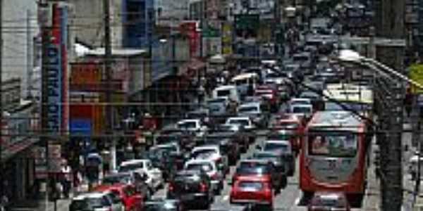 Avenida central em Osasco-SP-Foto:Andre Assumpção