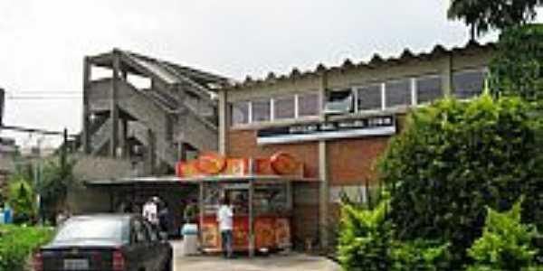 Estação Gal.Miguel Costa-CPTM em Osasco-SP-Foto:adilson.ball
