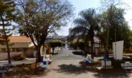 Osvaldo Cruz - Praça - igreja Nossa Senhora Aparecida, Por Emanuel