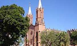 Ourinhos - Catedral do Senhor Bom Jesus em Ourinhos-SP-Foto:Vicente A. Queiroz