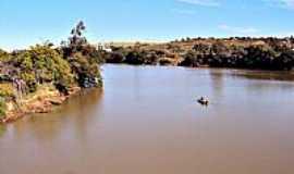 Ourinhos - Rio Paranapanema em Ourinhos-SP-Foto:Fabio Vasconcelos