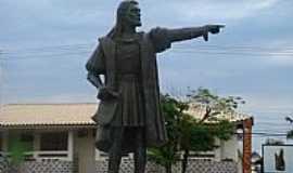 Porto Seguro - Porto Seguro-BA-Est�tua em homenagem � Cabral-Foto:LUIS MACEDO