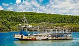 Porto Seguro - Porto Seguro-BA-Velho barco-Foto:Auro Queiroz