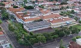 Paragua�u Paulista - Santa Casa de Miseric�rdia de Paragua�u Paulista - Por jrfreitas