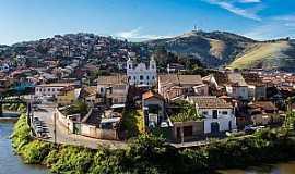 Paraibuna - Paraibuna-SP-Rio Paraíba do Sul e a cidade-Foto:saopaulo.sp.gov.br