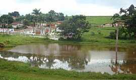 Pardinho - Pardinho-SP-Serviço de captação de água do Rio Pardo-Foto:Luiz Carlos Cavalchuki