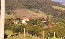 Pardinho - Pardinho-SP-Vista da serra e região-Foto:Luzia Frata