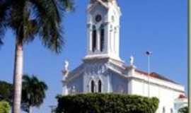 Paulo de Faria - Igreja Matriz, Por Antonio