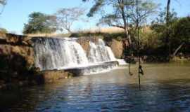 Paulo de Faria - Cachoeira do cedro em Paulo de Faria - SP, Por Caio Russo
