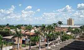 Pereira Barreto - Centro da cidade foto por osvaldojr (Panoramio)