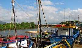 Peruíbe - Peruíbe-SP-Portinho na Foz do Rio Peruíbe-Foto:Adilson Karafa