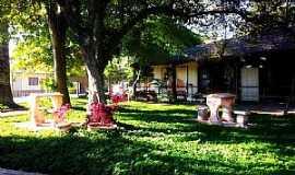 Pindamonhangaba - Pindamonhangaba-SP-Biblioteca no Bosque da Princesa-Foto:Emerson