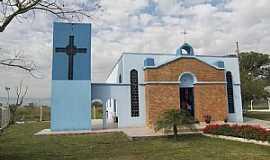 Pindamonhangaba - Pindamonhangaba-SP-Igreja de Cristo Rei no Bairro Taipas-Foto:ROBINSONROY