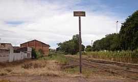 Pindorama - Pindorama-SP-Linha férrea que passa pela cidade-Foto:Mauro Luiz Benedito da Costa