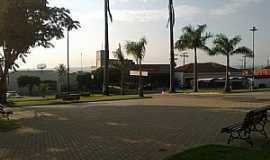 Pindorama - Pindorama-SP-Praça da Matriz-Foto:Mauro Luiz Benedito da Costa