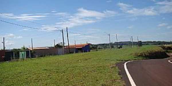 Pioneiros-SP-Rodovia SP-330 e o Distrito-Foto:Alexandre Bonacini