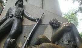 Piracicaba - Piracicaba-SP-Monuimento ao Soldado Constitucionalista-Foto:helio antunes