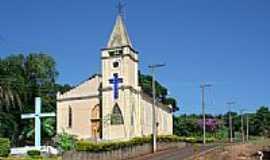 Piraju - Igreja Cat�lica em Piraj�-Foto:fotomarco3d