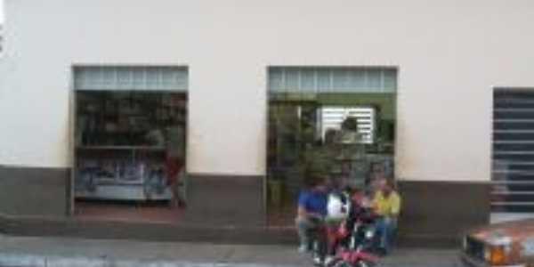 Mercearia de Piramboia, Por Antonio Carlos