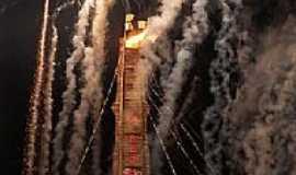 Pirapozinho - A maior fogueira de festa junina no Brasil foto Lucas Souza