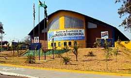 Pirassununga - Pirassununga-SP-Centro de Ginástica Sinhô-Foto:Reginaldo Resende