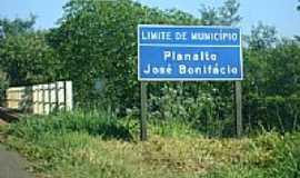 Planalto - Placa indicativa-Foto:valdecir costa da si…