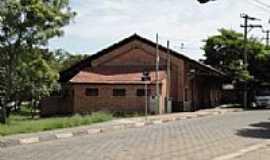 Porto Feliz - Porto Feliz-SP-Antigo armazém da Ferrovia,hoje Biblioteca-Foto:Julio Moraes