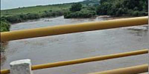Porto Feliz-SP-Ponte sobre o Rio Tietê-Foto:LuziACruzFrata