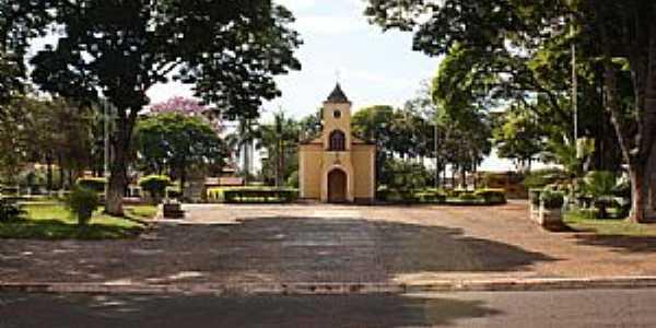 Praça Pio XII de Pradópolis