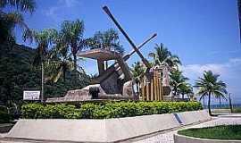 Praia Grande - Praia Grande-SP-Monumento na Praia do Forte-Foto:alan azevedo