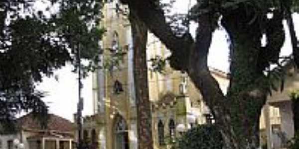 Praça e Igreja Matriz de Santa Cecília em Presidente Alves-SP-Foto:Wilson Alcaras