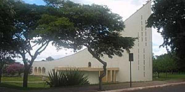 Primavera-SP-Igreja Matriz-Foto:jômer
