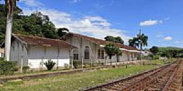Estação Ferroviária de Queluz-SP-Foto:Halley Oliveira
