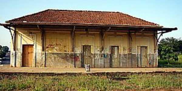 Quintana-SP-Estação Ferroviária-Foto:mapio.net