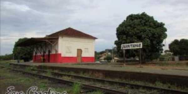Estação de trem, Por Eva Cristina