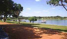 Rancharia - Rancharia-SP-Orla do Balneário-Foto:marciosaz
