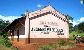 Restinga - Restinga-SP-Igreja na antiga Estação no Distrito de Boa Sorte-Foto:Leonardo Figueiredo