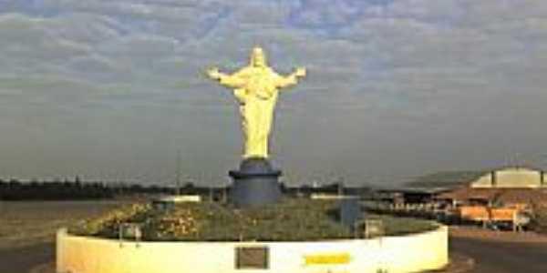 Cristo no Trevo de acesso de Ribeirão do Sul-SP-Foto:Alan Sousa