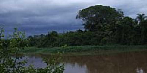 Fim do dia no Rio Mogi Guaçu em Rincão-Foto:Celso Ortolan