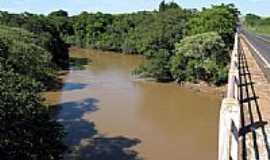 Rinópolis - Rio Feio e rodovia Assis Chateaubriand por Eduardo M. P. Dantas